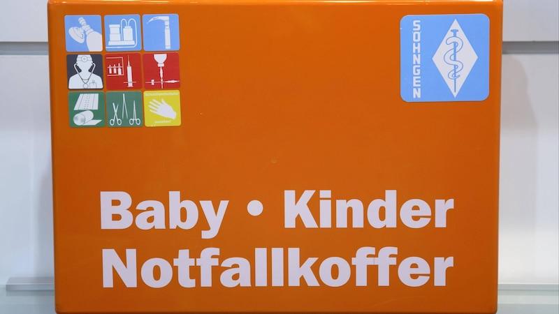 Erste Hilfe beim Baby: Checkliste und Hinweise für den Notfall
