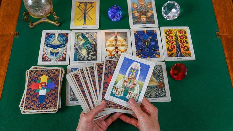 Der König der Stäbe: Die Bedeutung der Tarotkarte