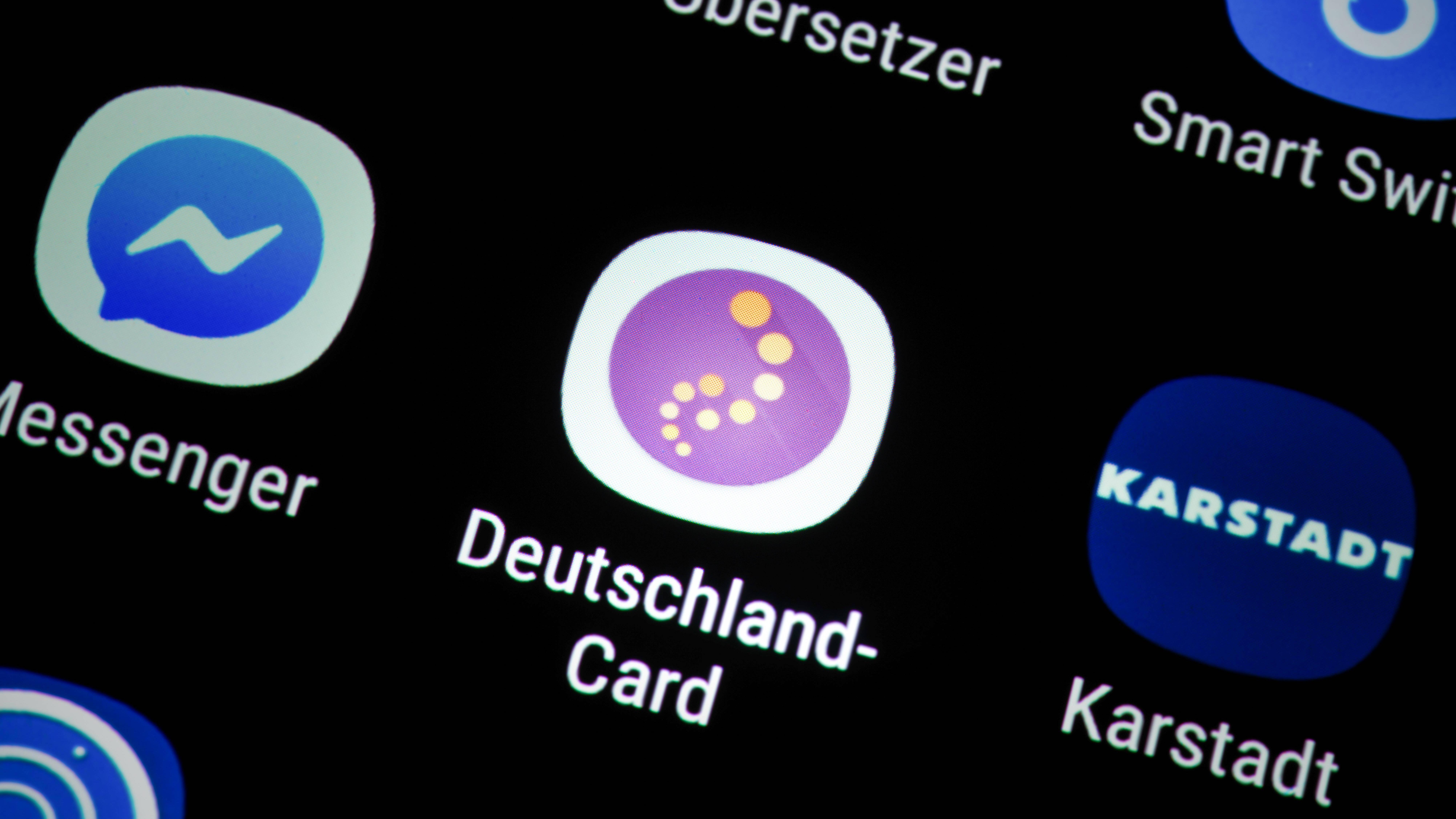 Mit der App der DeutschlandCard haben Sie alle Partner im Überblick.