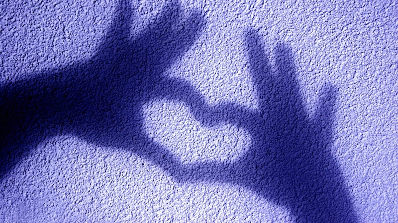 Schattenfiguren mit der Hand: 3 coole Ideen