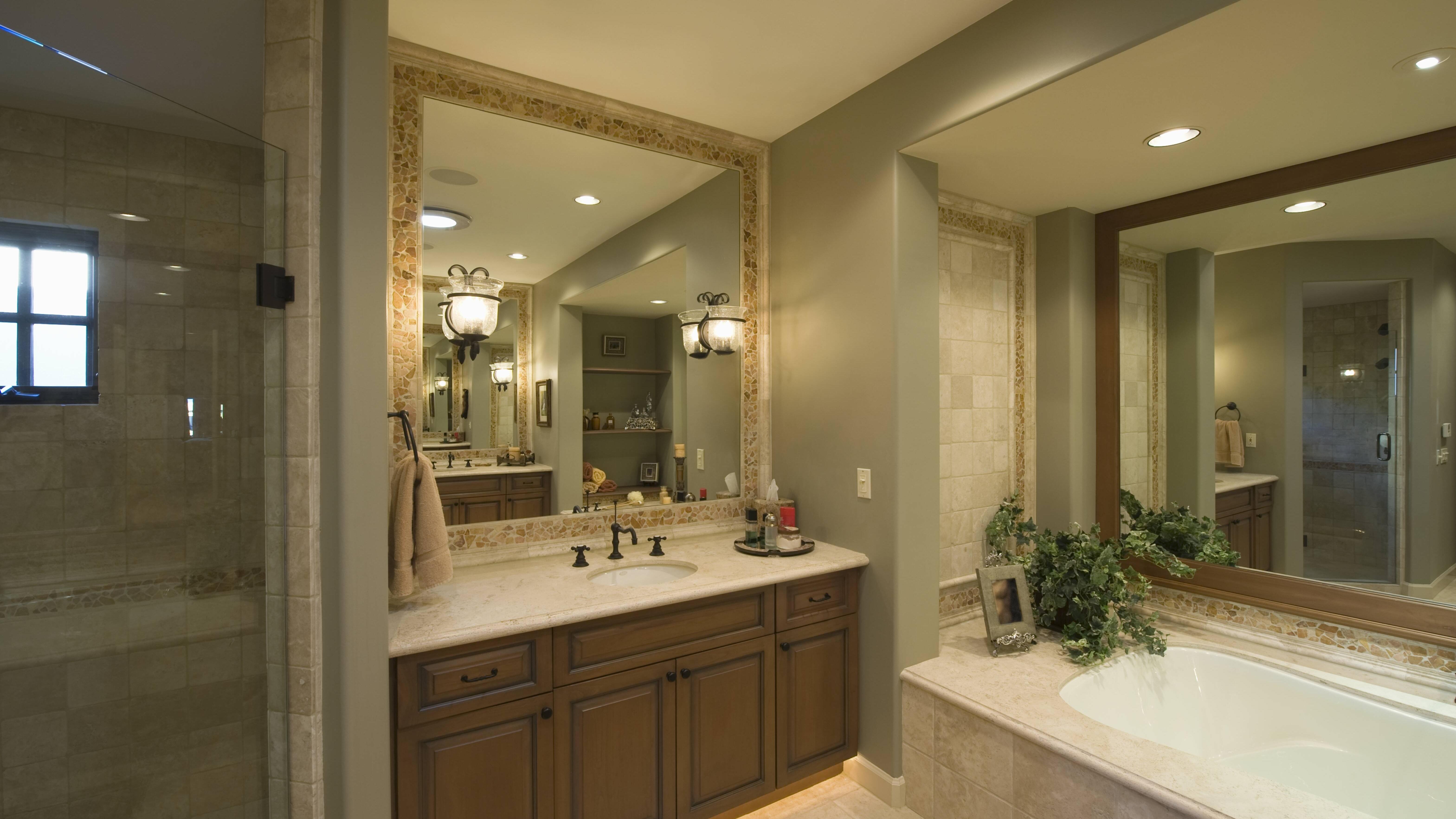 Die Analdusche benutzen Sie am besten in der Badewanne oder in der Dusche.