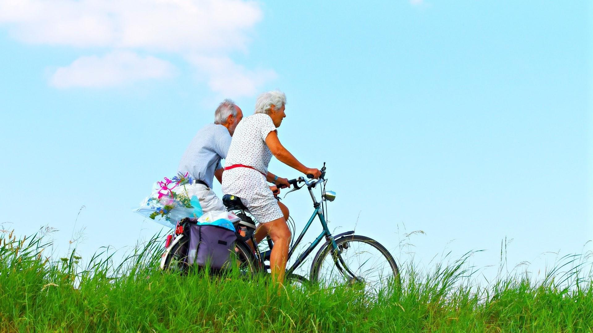 Bewegung im Alter - so bleiben Sie lange fit und altern gesund