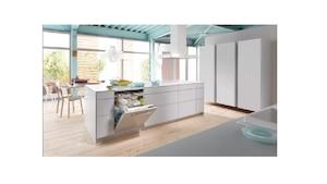 Die Stiftung Warentest testet regelmäßig neue Geschirrspüler, die meisten sind heute voll in die Küche integriert.
