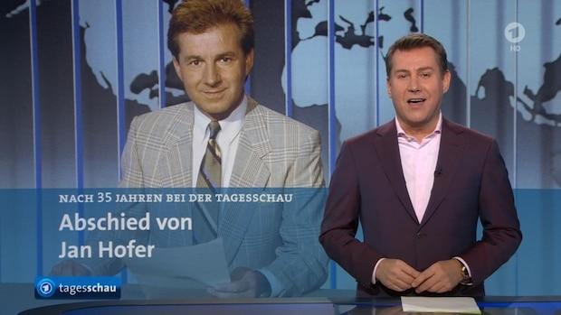 Passende Übergabe: Riewa verabschiedete Ende 2020 seinen Vorgänger als Chefsprecher der Tagesschau, Jan Hofer.