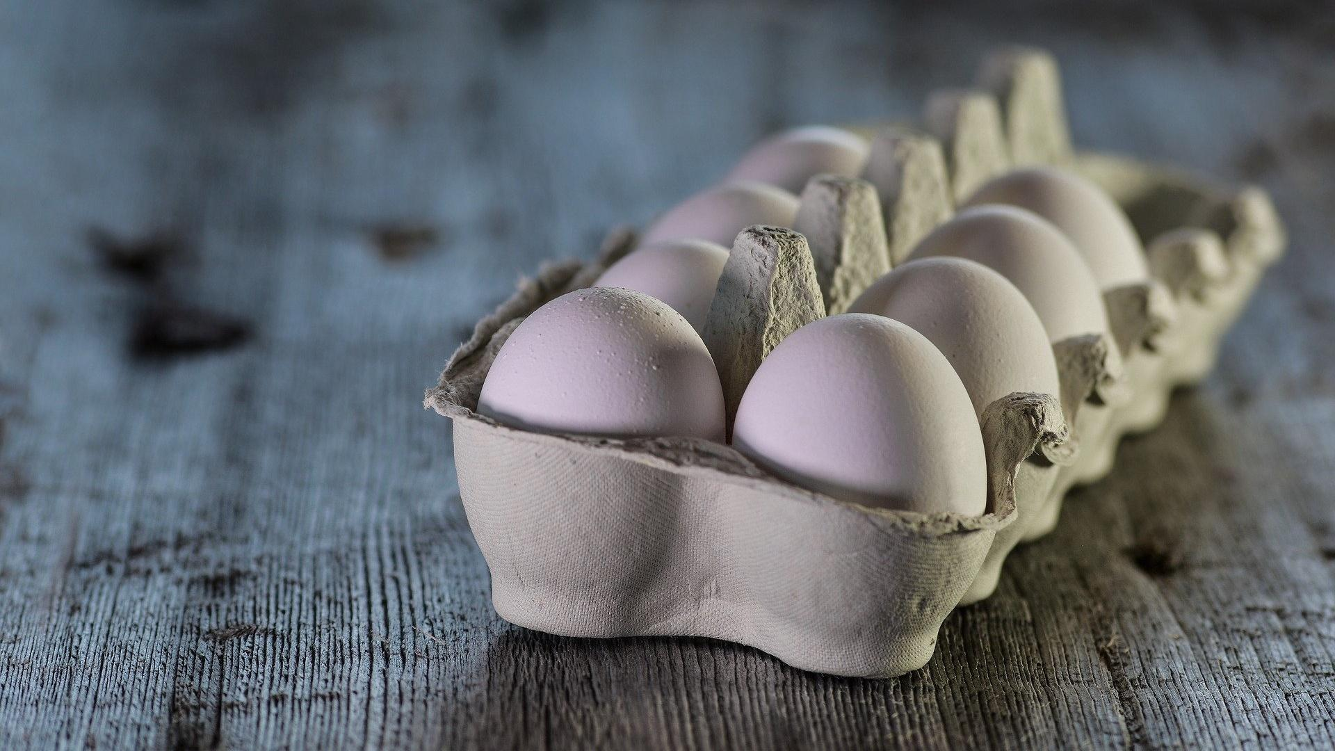 Wenn Sie Eier anstechen, dann können sie trotzdem immer noch aufplatzen.