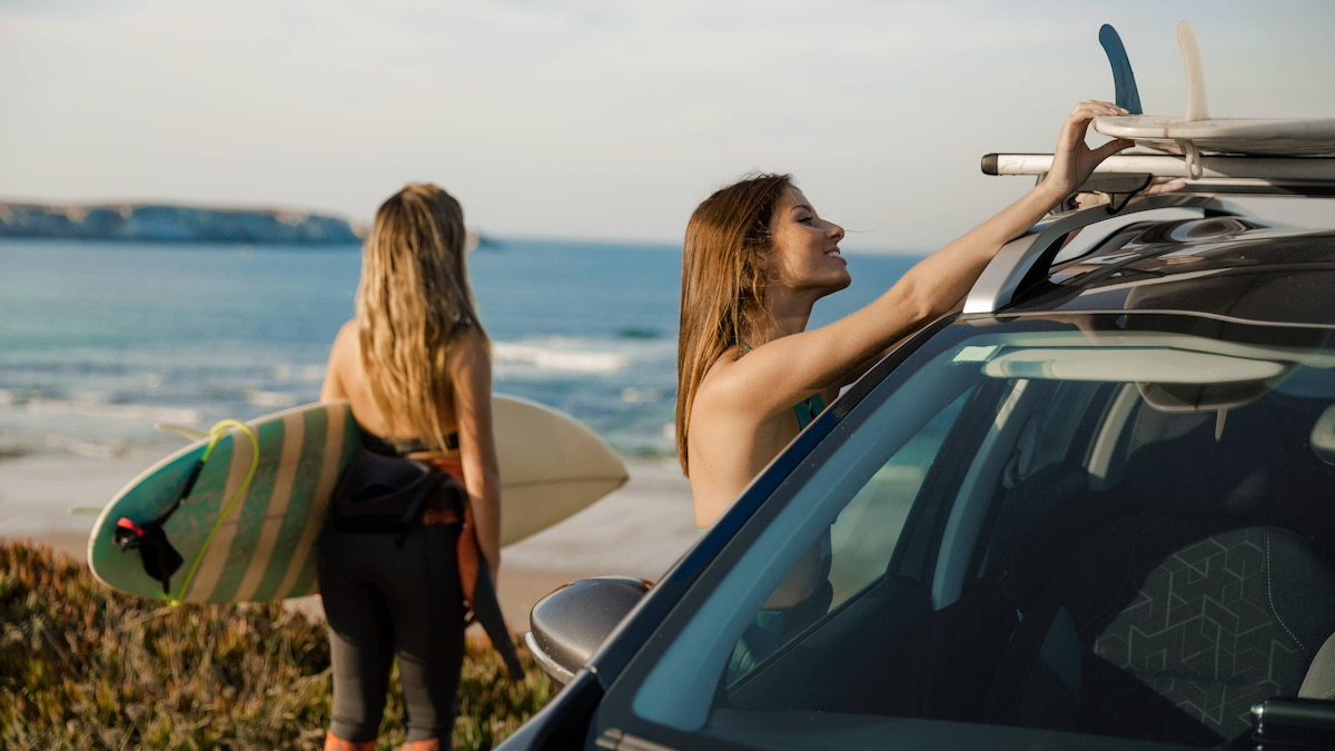 Wer nackt zum Strand fährt, spart Zeit beim Umziehen