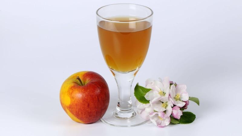 Stielwarzen mit Apfelessig entfernen