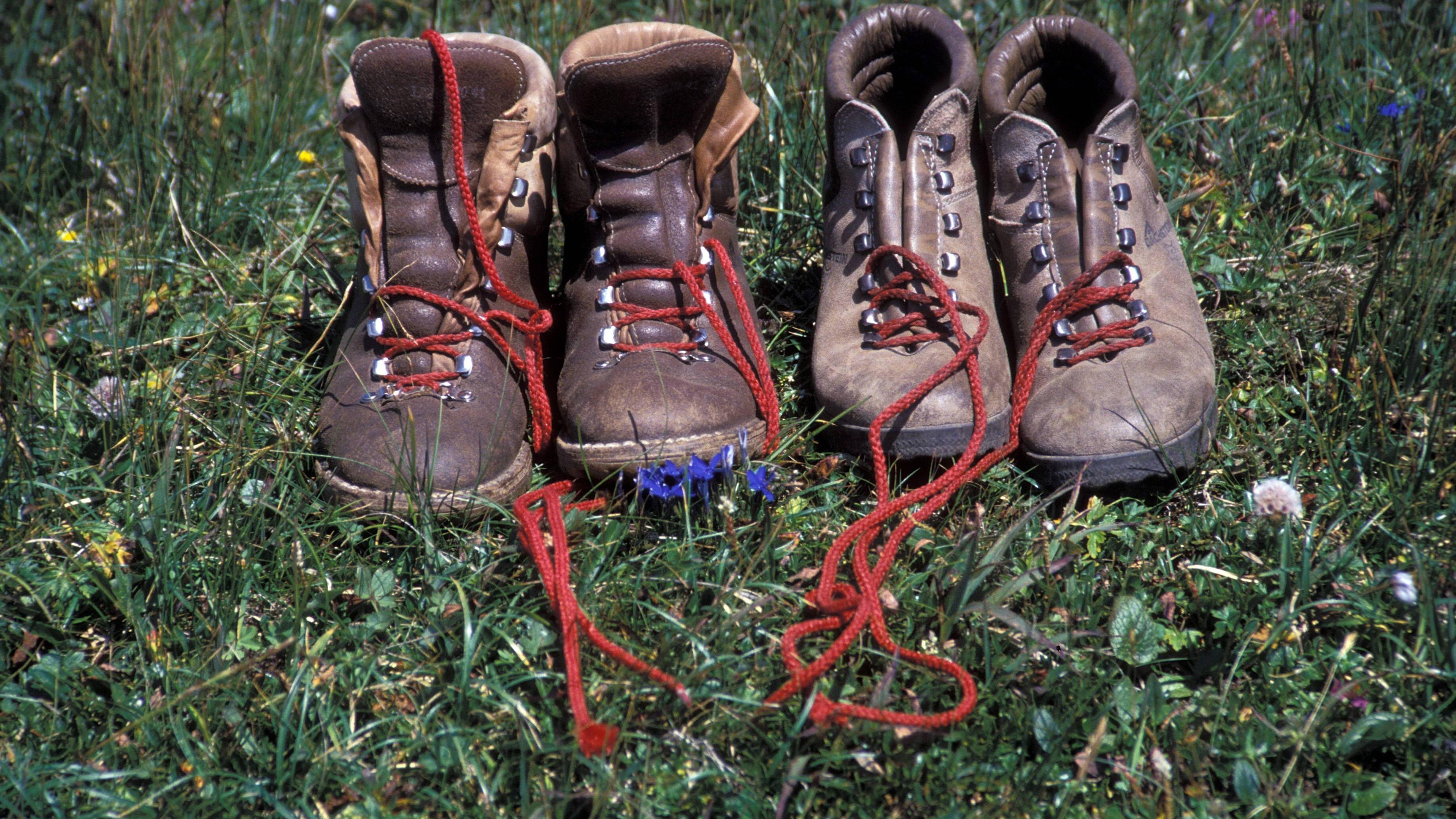 Schuhe weiten: Die besten Hausmittel gegen drückende Schuhe