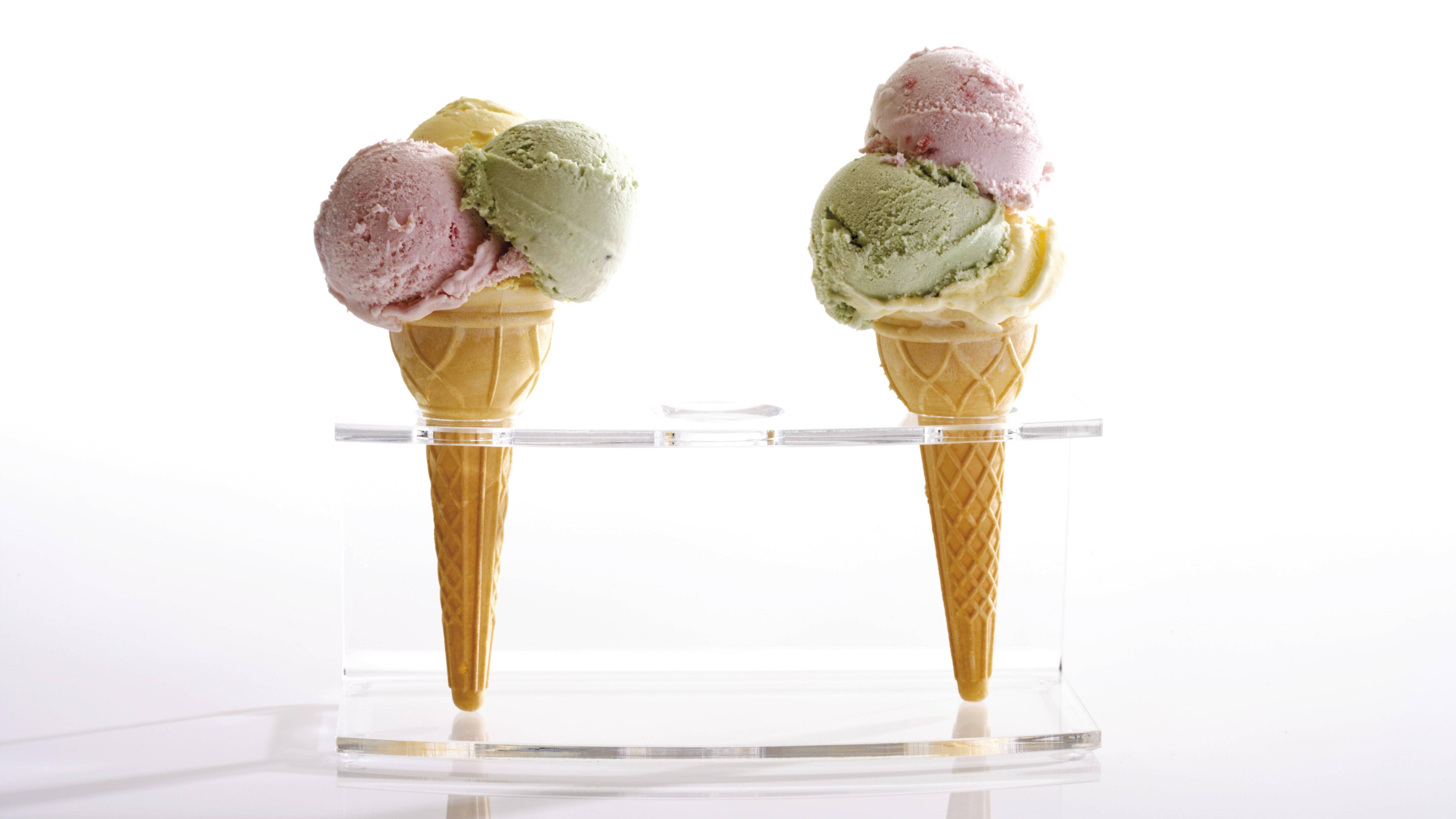 Wie Eis hergestellt wird, unterscheidet sich leicht nach der Sorte.