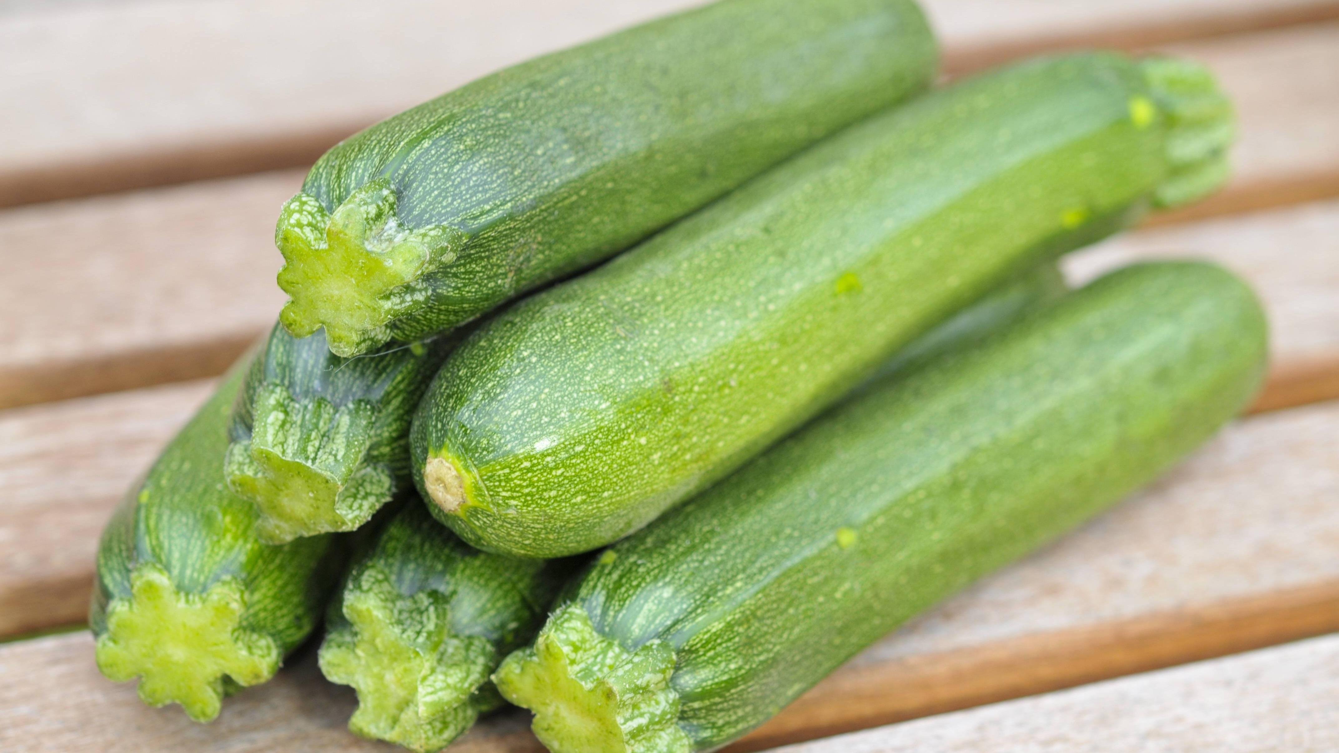 Bittere Zucchini gegessen - das kann gefährlich sein