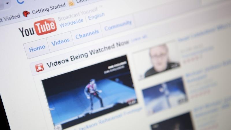 Startet ein Video auf YouTube nicht mehr, kann das mehrere Ursachen haben.