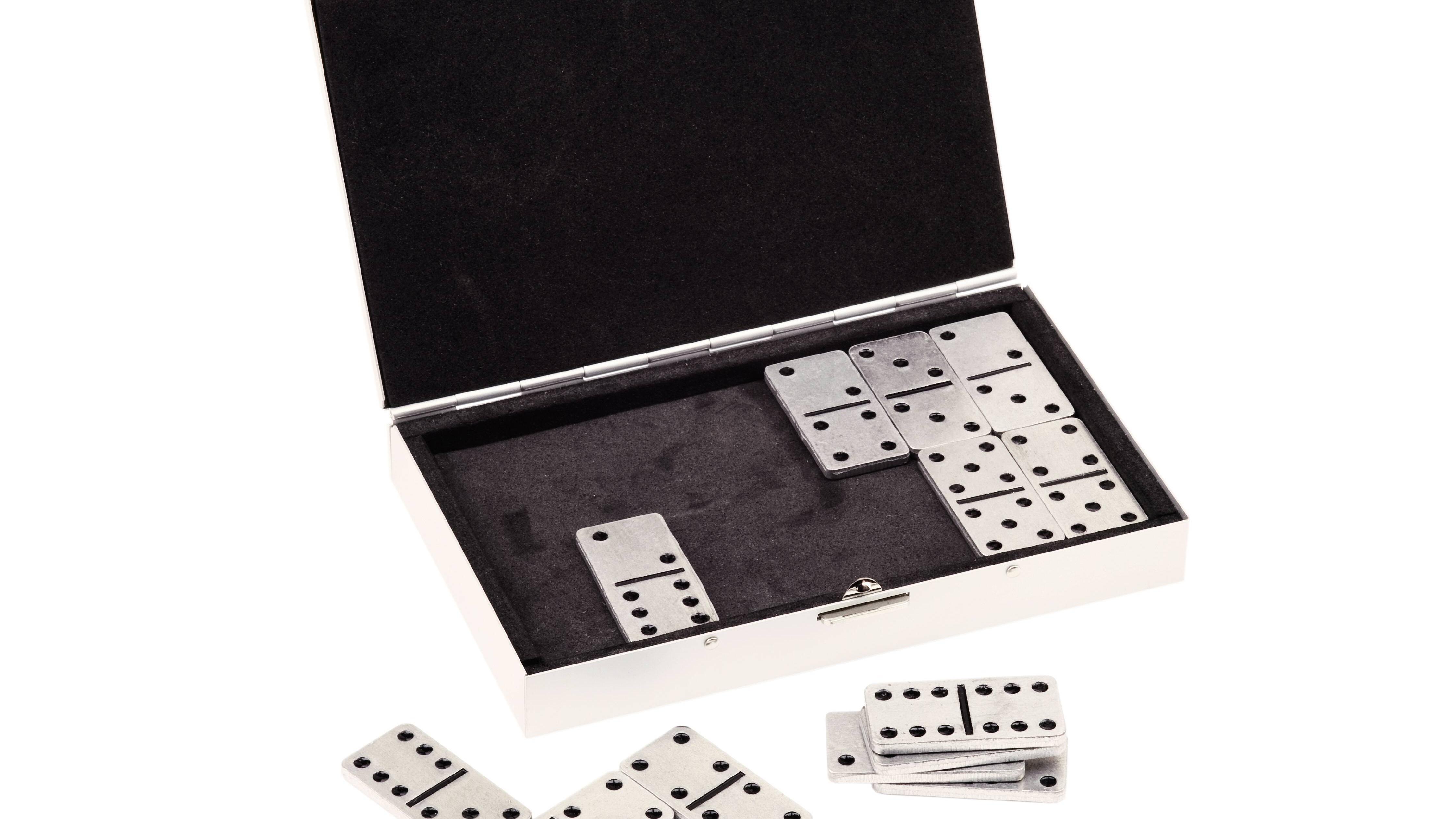Domino Spielanleitung: Regeln einfach erklärt