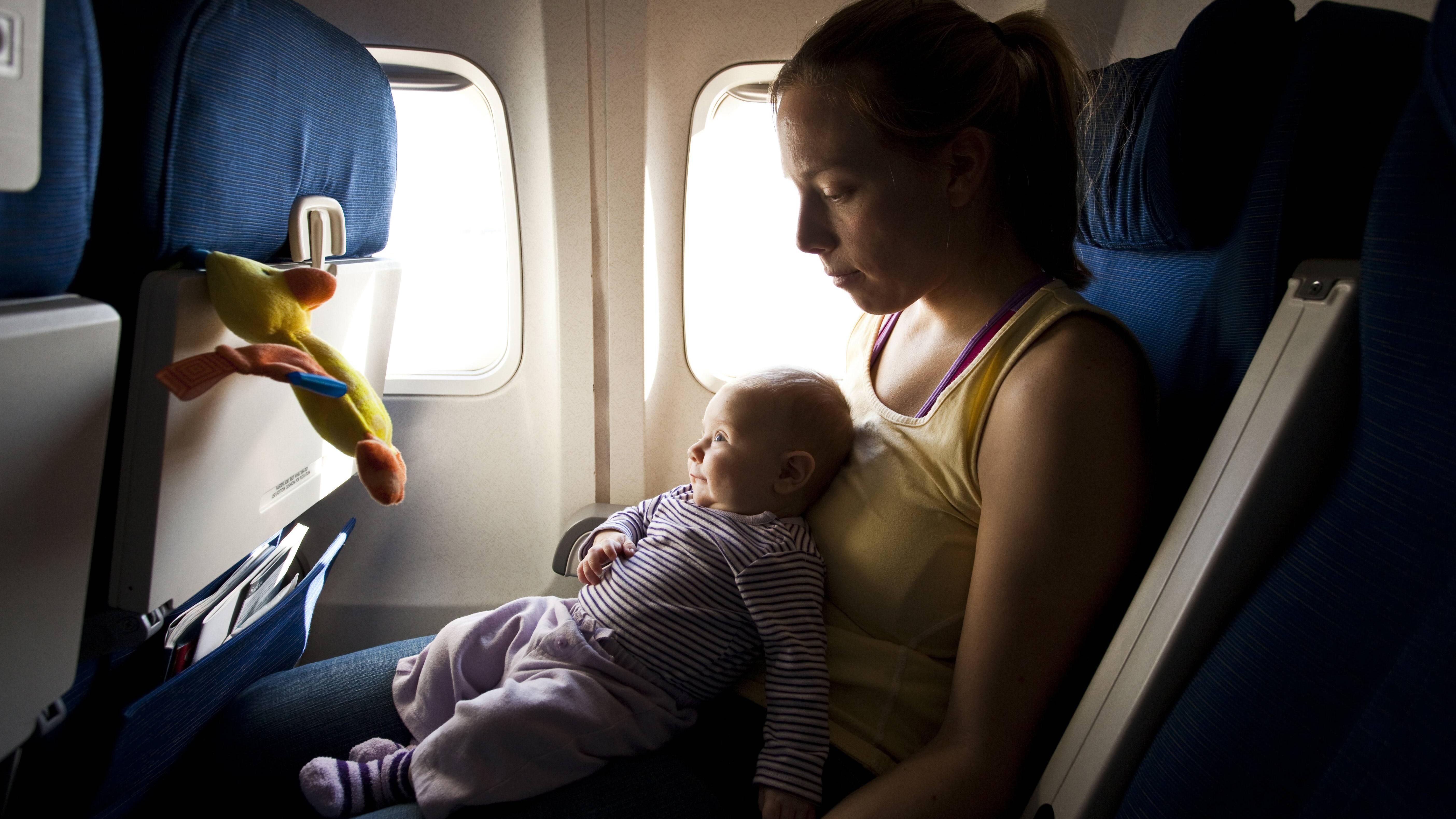 Reisen mit Baby: Tipps für den stressfreien Urlaub