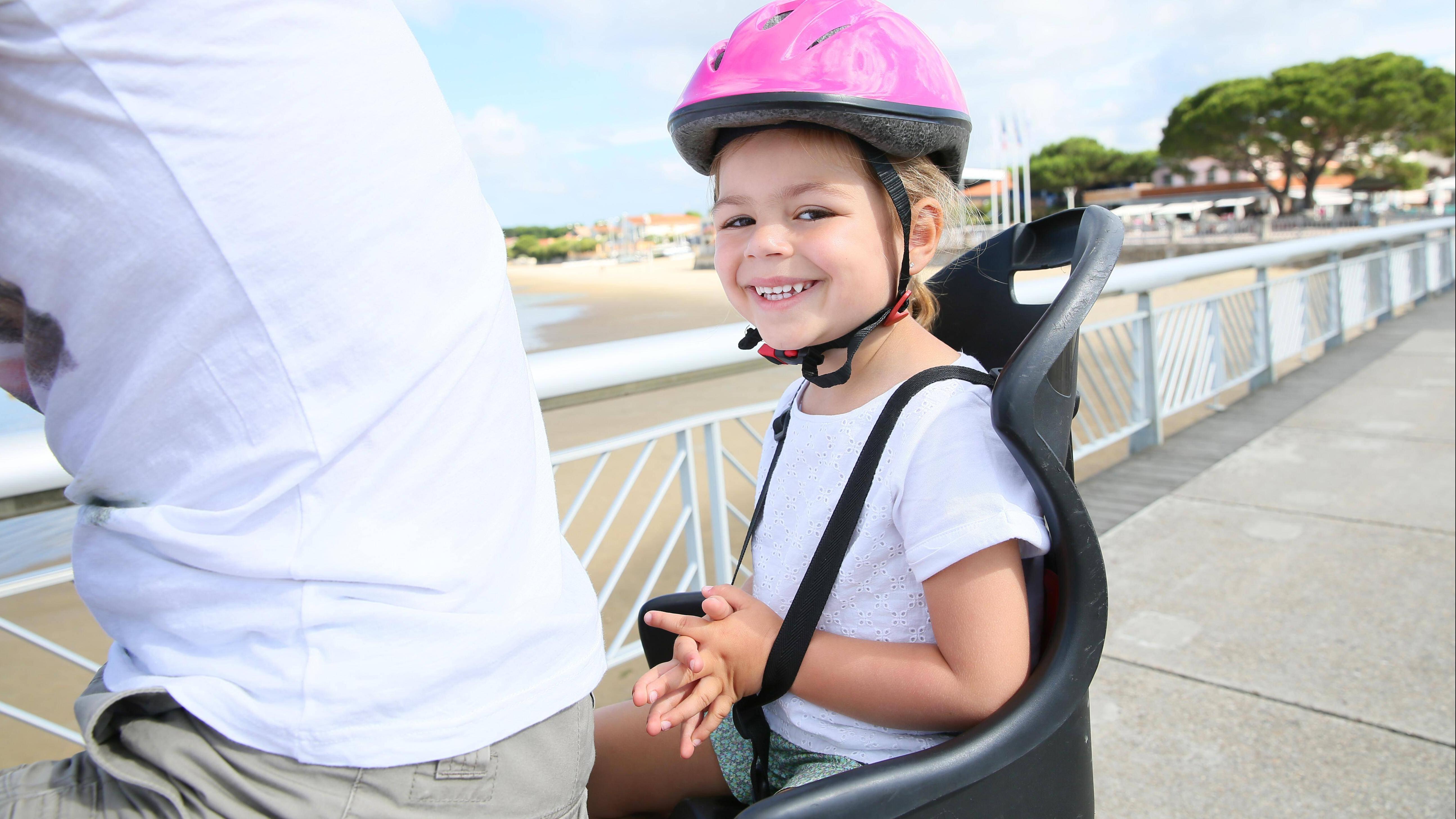Sind Kindersitze auf dem E-Bike erlaubt? Das sollten Sie beachten