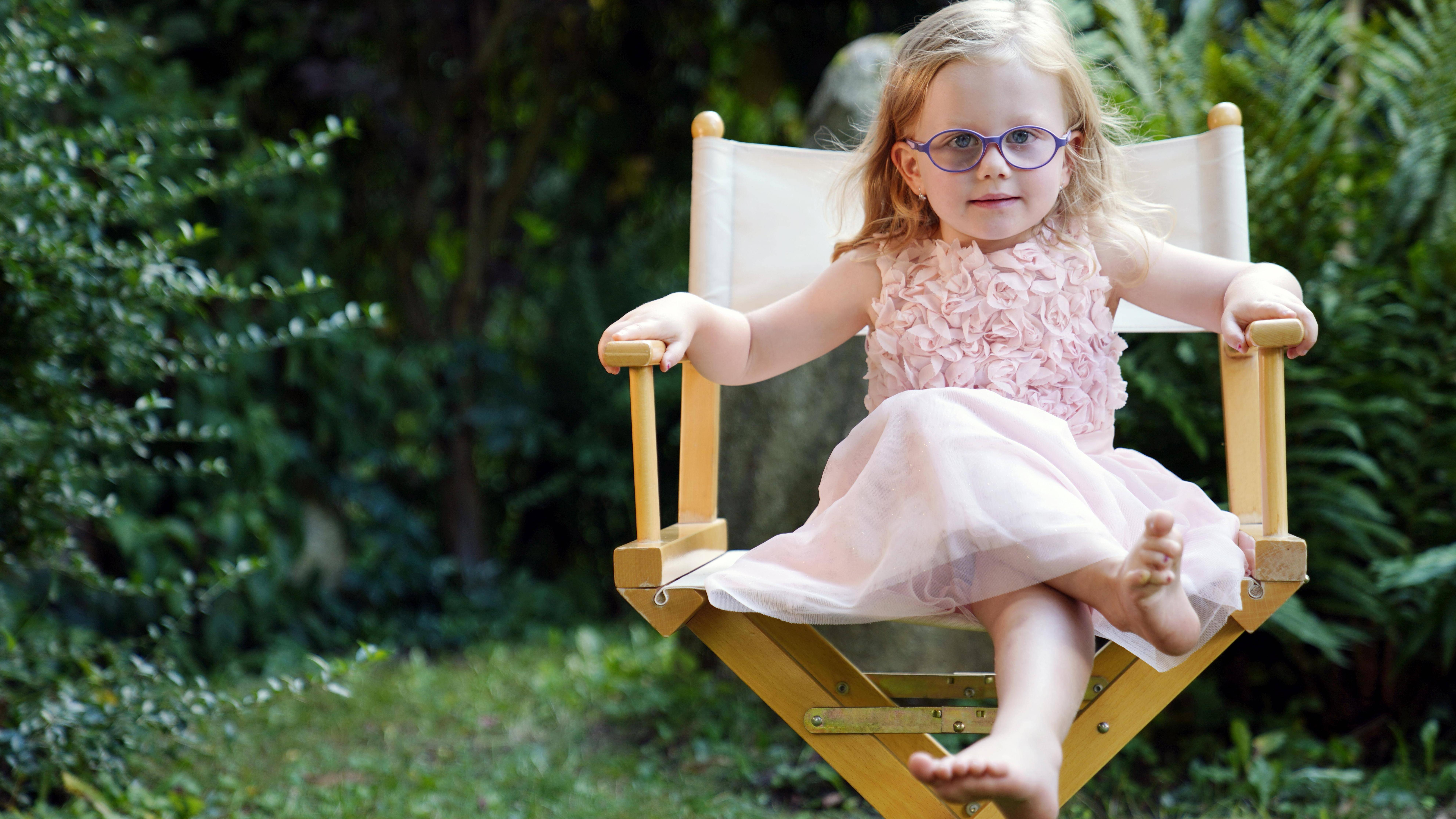 Entwicklung eines drei Jahre alten Kindes: Die Körperproportionen verändern sich.