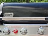 Alle Weber-Grills haben einen Deckel, das Markenzeichen des Herstellers.