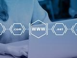 Wer sich eine Adresse im Internet sichern möchte, der muss diese von einem Domain-Hoster mieten.