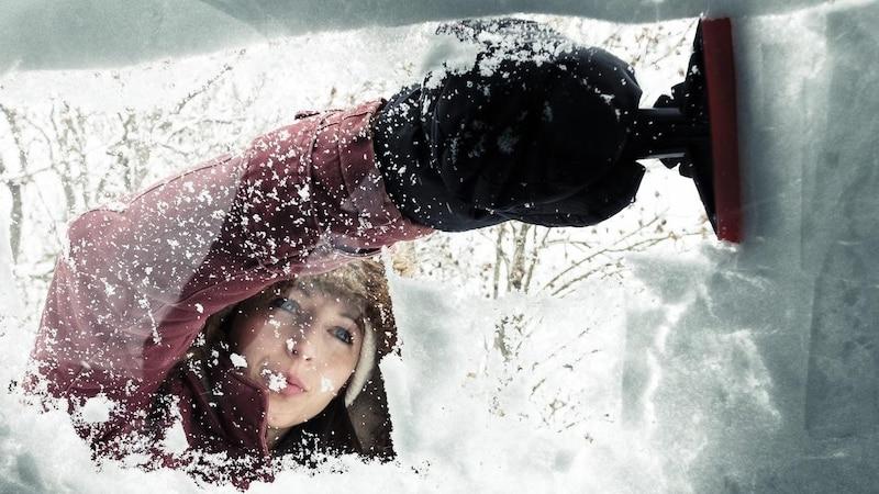 Mit Autoabdeckungen müssen Sie kein Eis mehr kratzen.