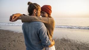 Partnervermittlungen versprechen Singles unkompliziertes Liebesglück.