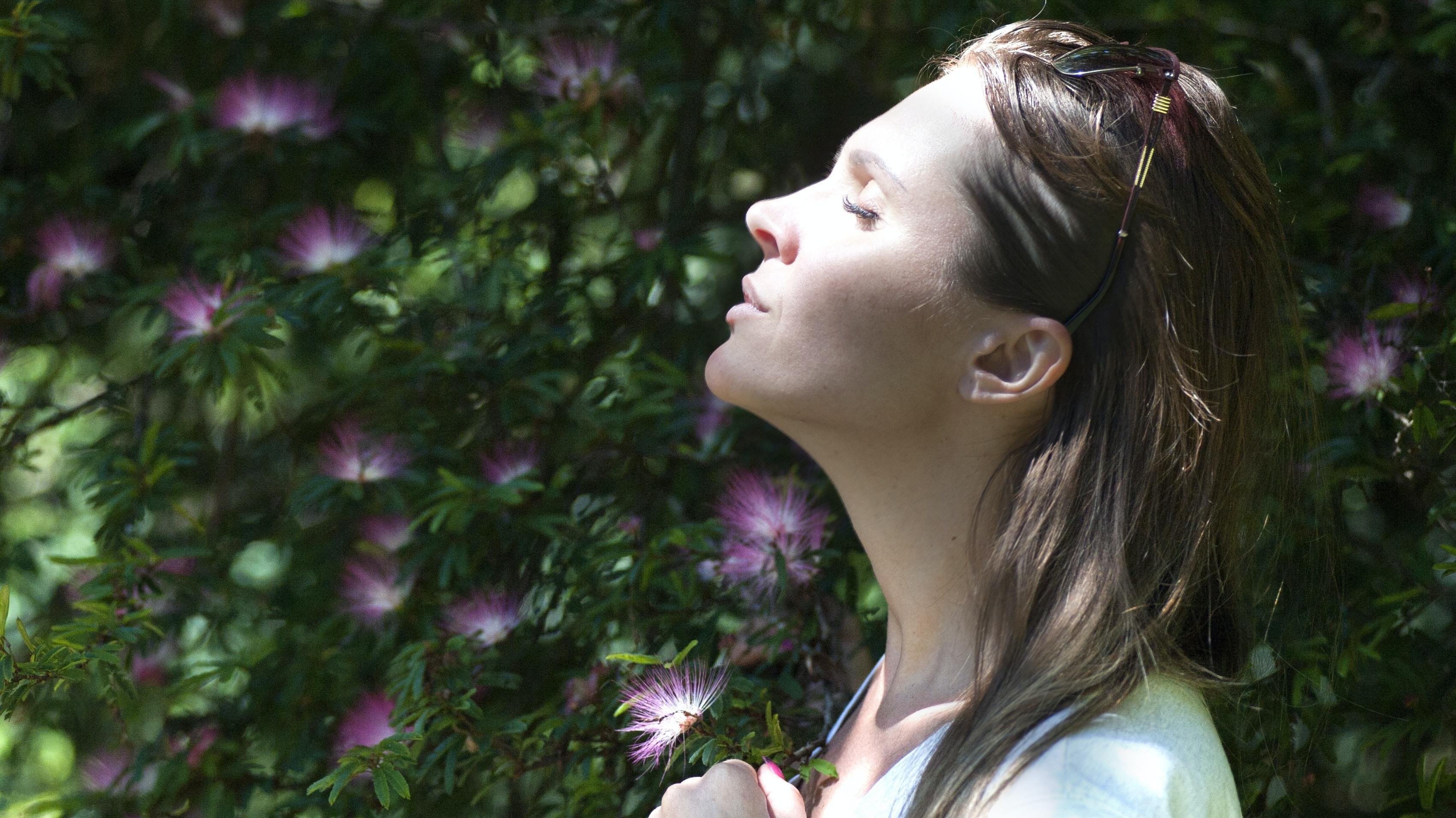 Auch saisonale Allergien können ein tiefes Durchatmen zeitweise behindern.