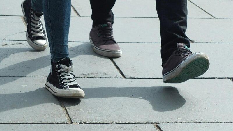Wenn die Schuhe quietschen, helfen meist schon kleine Tricks.