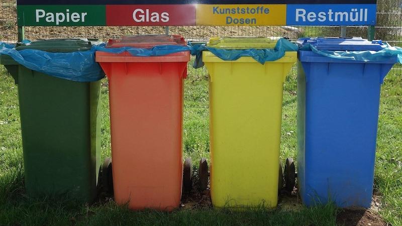 Damit unser Abfall recycelt werden kann, ist es wichtig zu wissen, was in den gelben Sack gehört und was nicht.