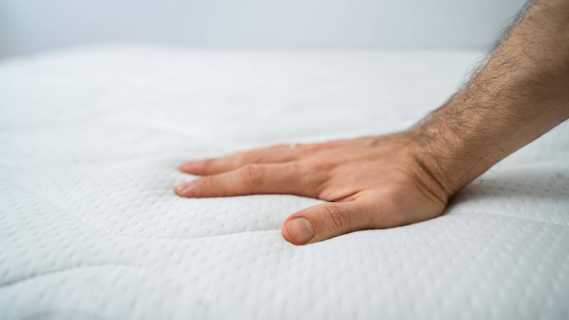 Der Härtegrad von Matratzen ist ein wichtiger Faktor, den Sie bei Ihrer Kaufentschiedung mit einbeziehen sollten.