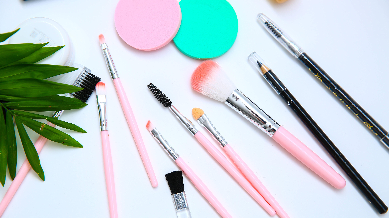 Augen richtig schminken: So vermeiden Sie Fehler