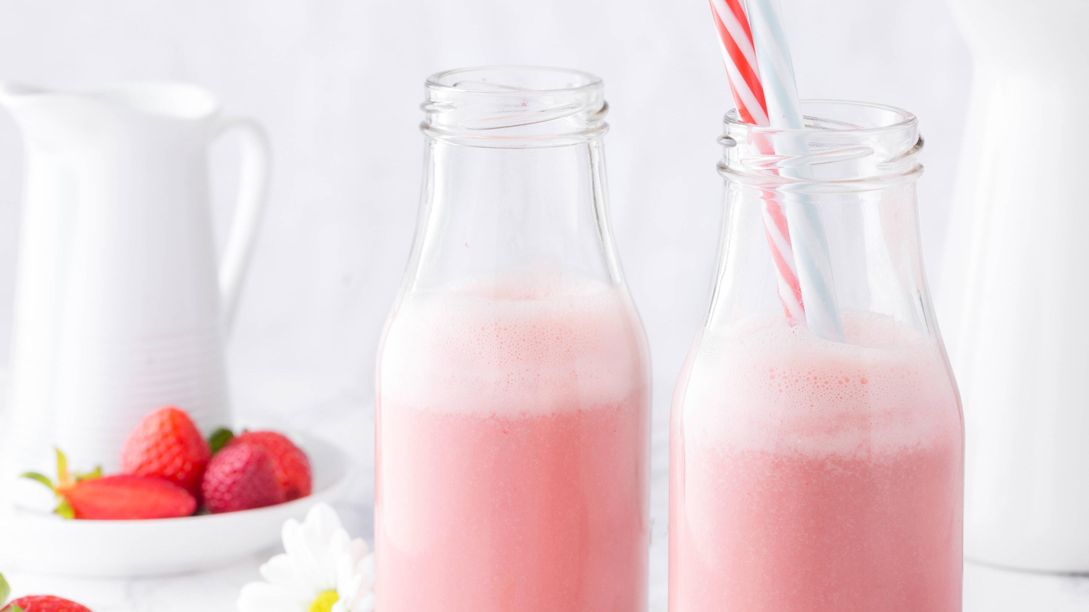 Pink-Drink ist der perfekte Kindercocktail.