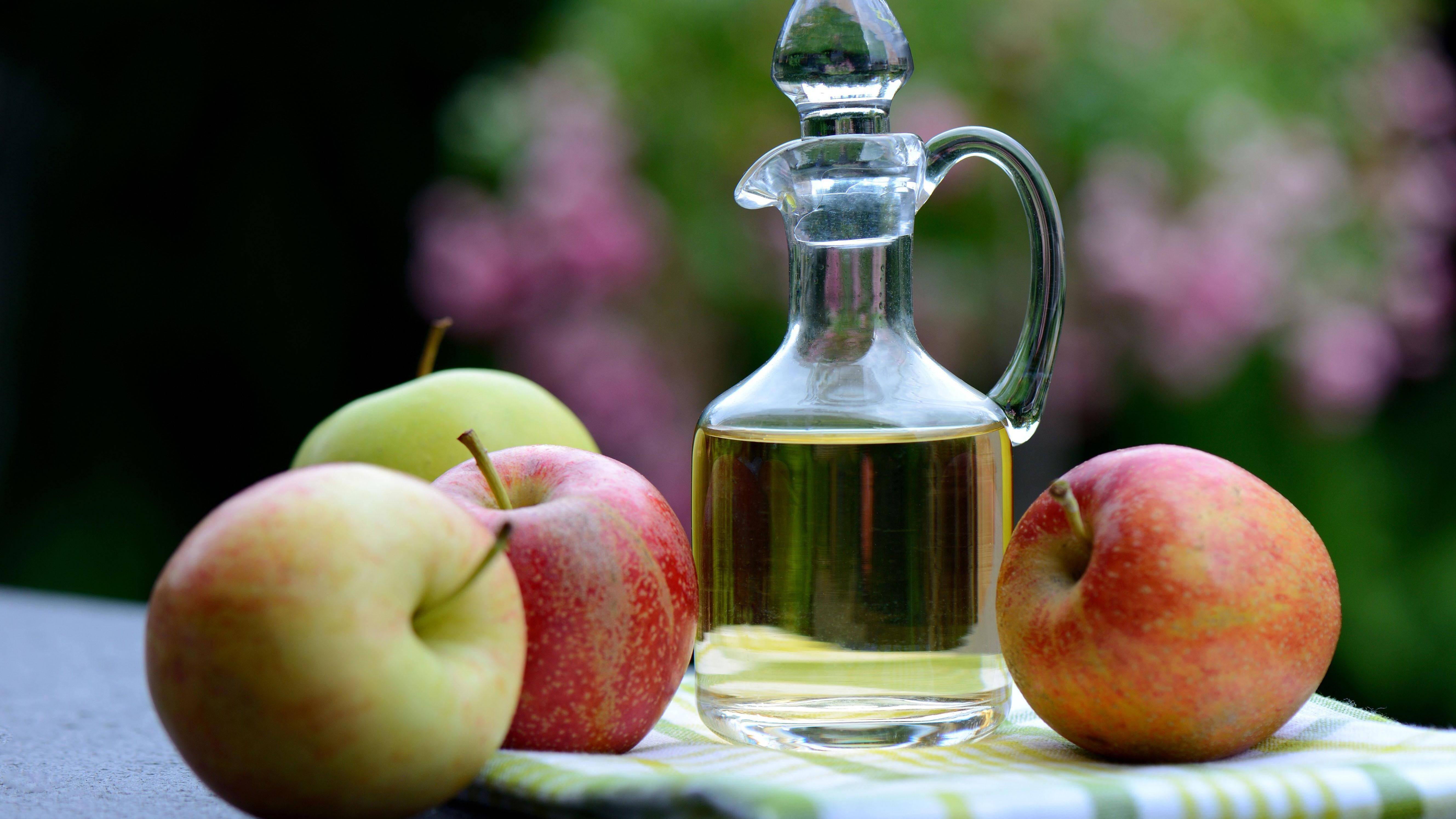 Wieviel Apfelessig am Tag? Alle Infos zu Dosis und Wirkung