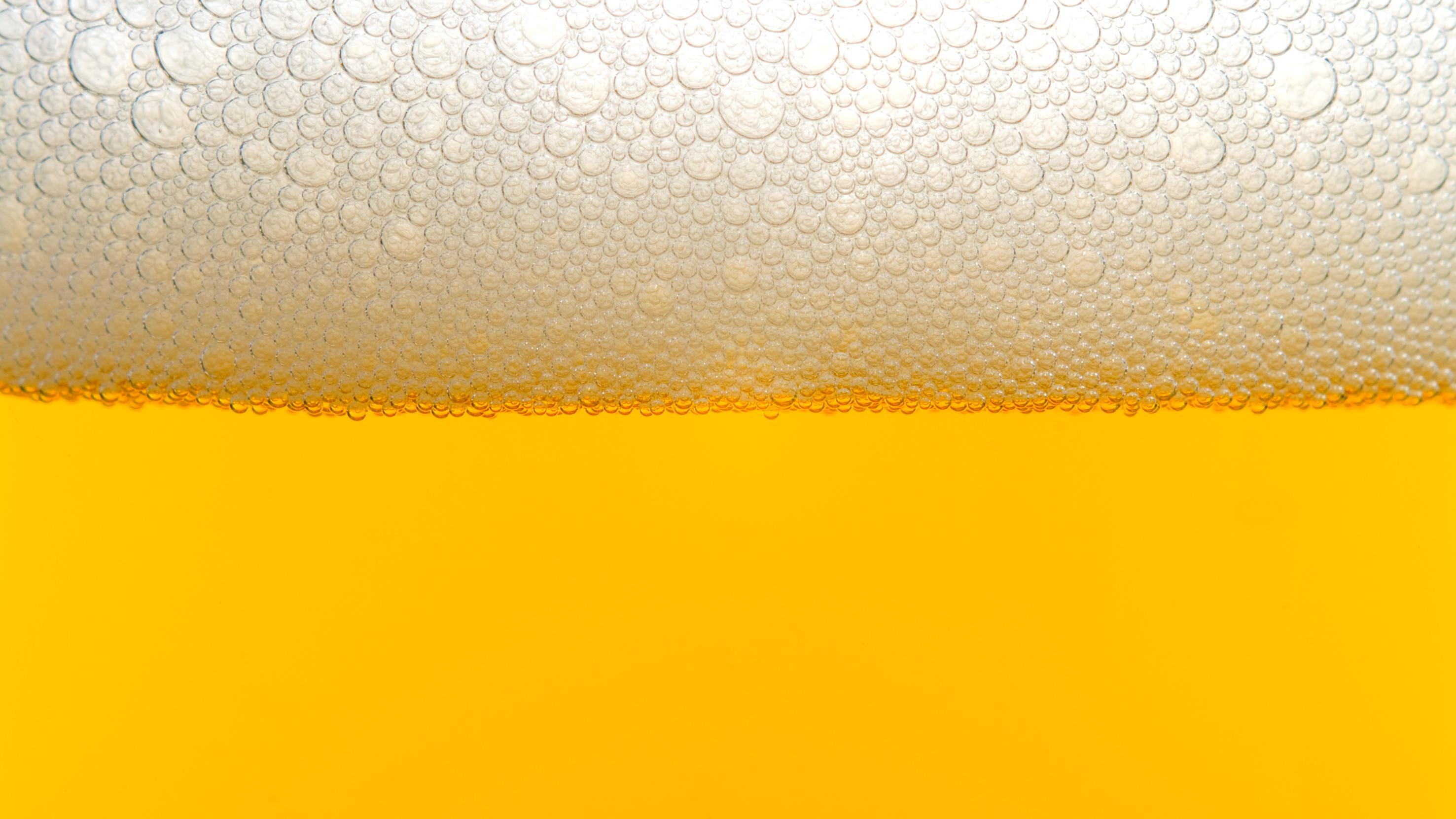 Bier in zwei Minuten kühlen - mit diesem Trick geht's ganz schnell