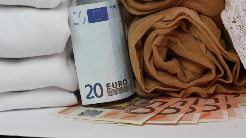 Für Bargeld sollten Sie sich ausgefallenere Geldverstecke überlegen.