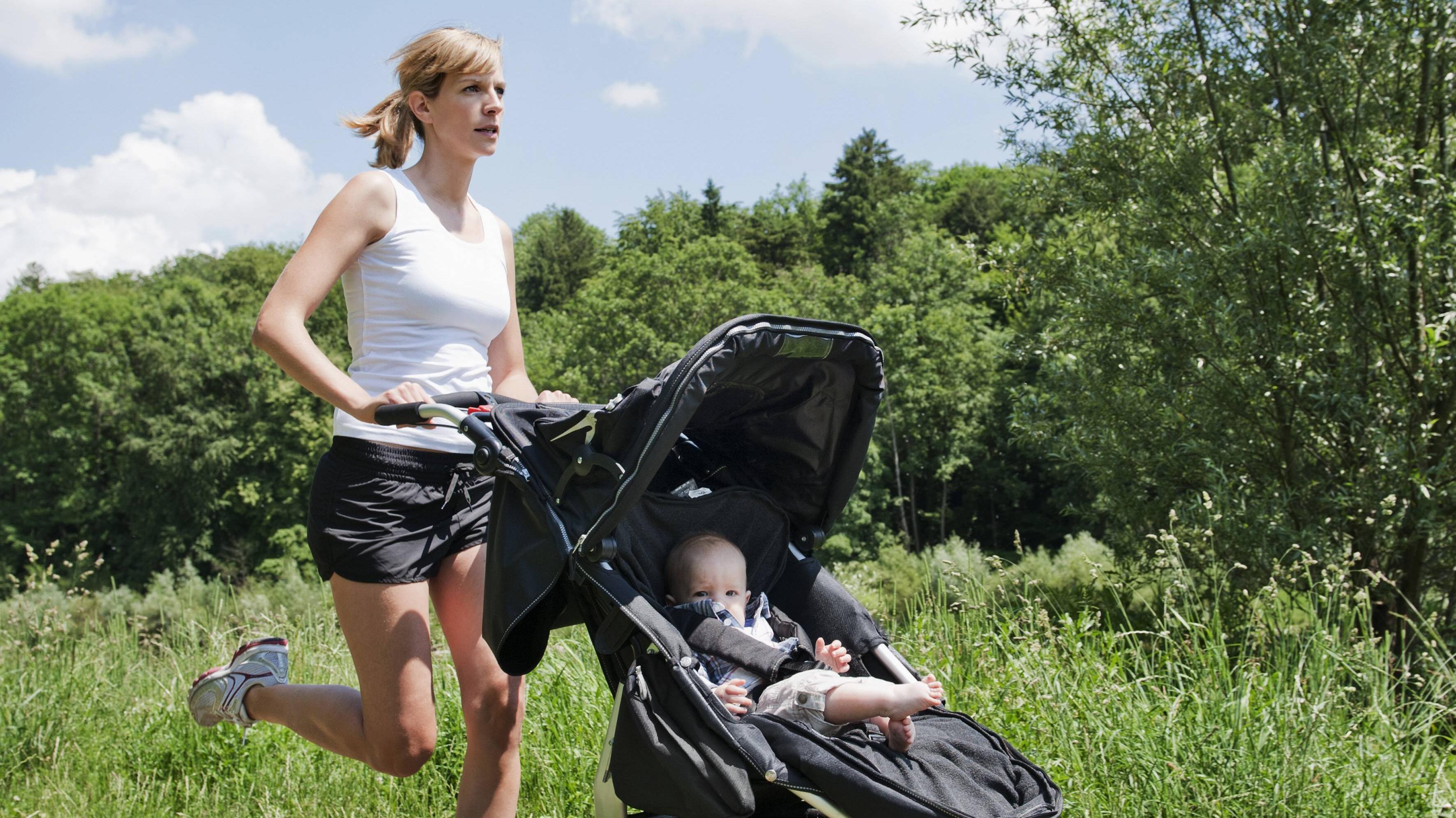 Es gibt viele Möglichkeiten mit Baby fit zu werden.