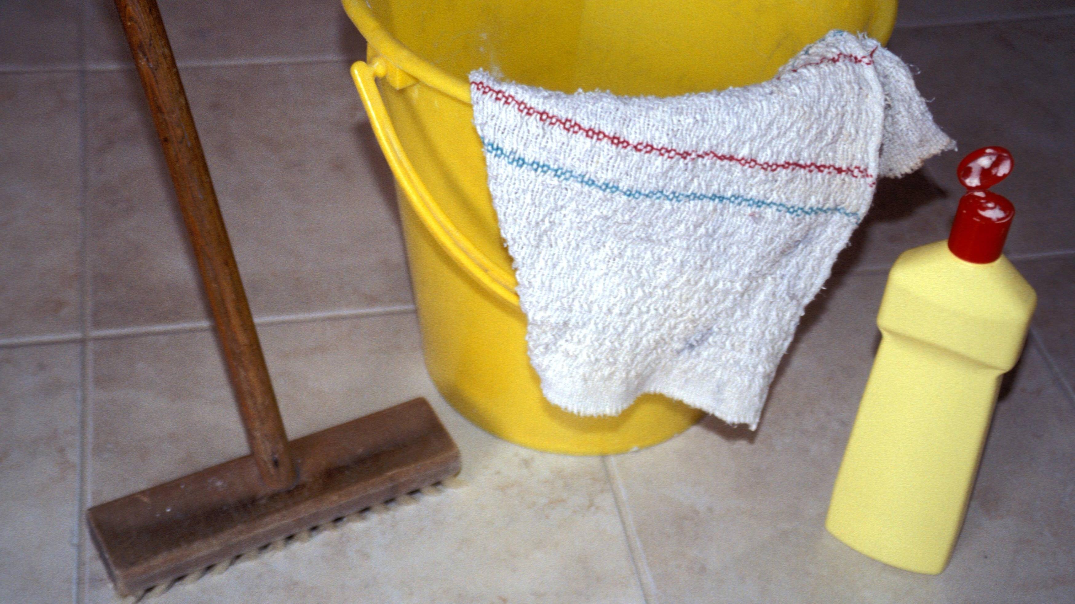 Korkboden reinigen ist wichtig.