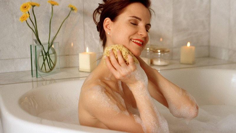 Badezusatz selber machen: 3 tolle Hausmittel-Rezepte
