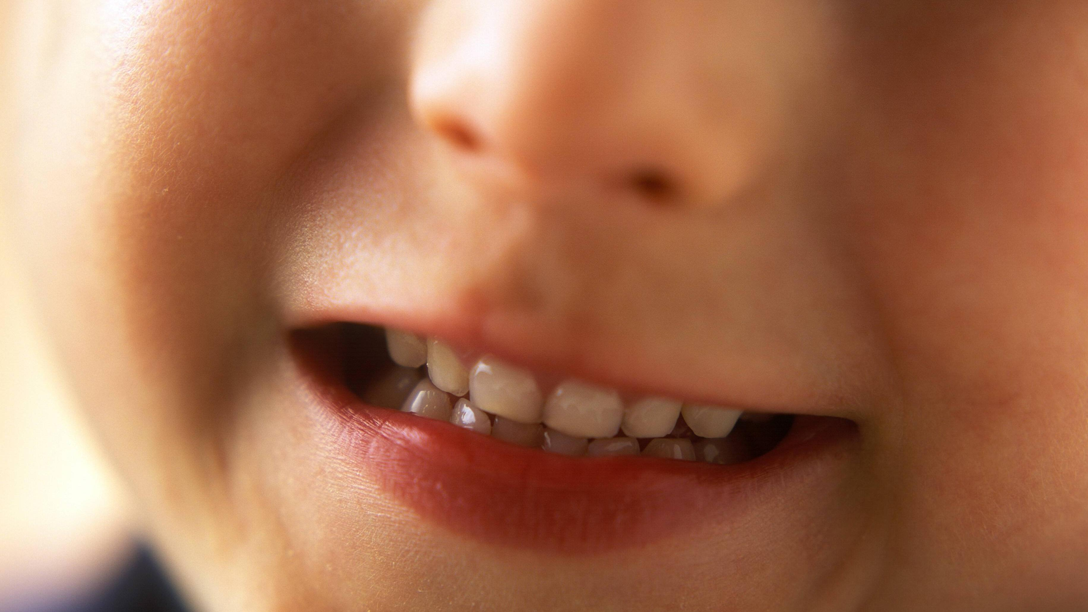 Zähneknirschen bei Kindern: Ursachen und was Sie dagegen tun können