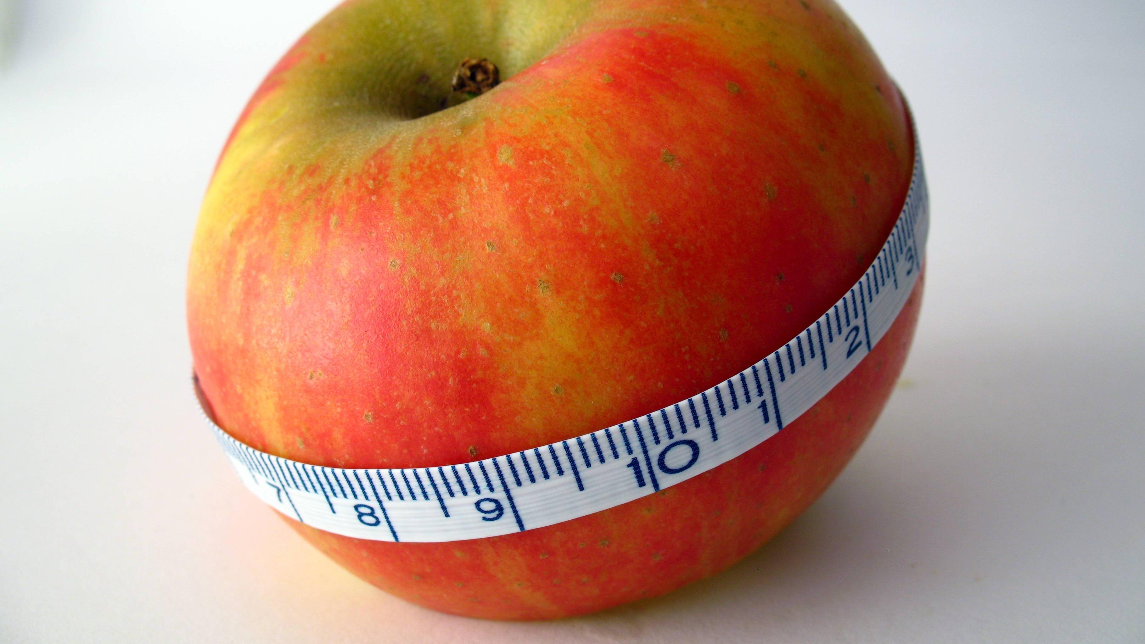 Lebensmittel für einen flachen Bauch: Das sollten Sie essen