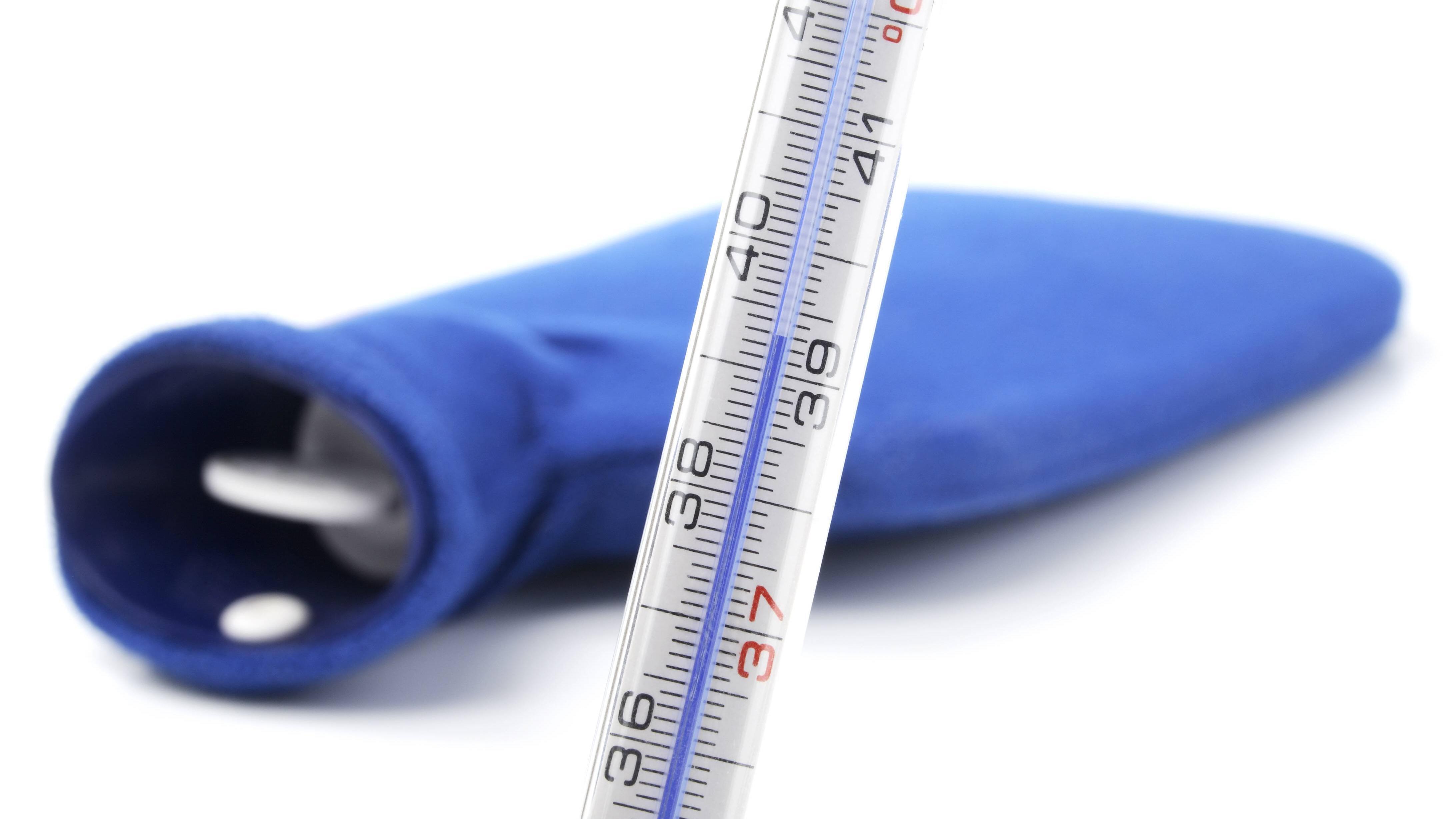 Kalte Wärmflasche im Sommer: So sorgen Sie für Abkühlung