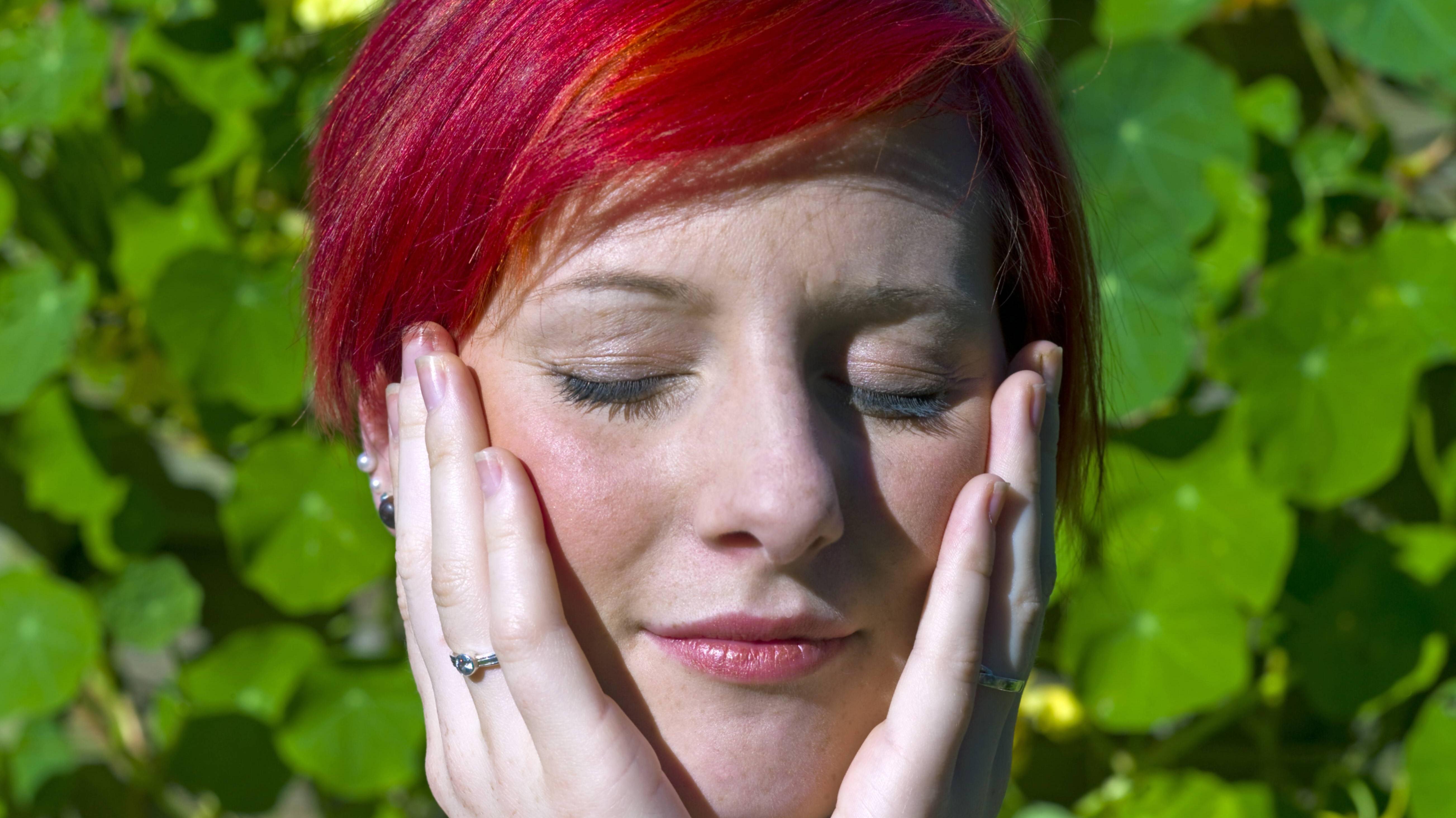 Rosacea behandeln: Diese Hausmittel helfen gegen die Gesichtsrötung