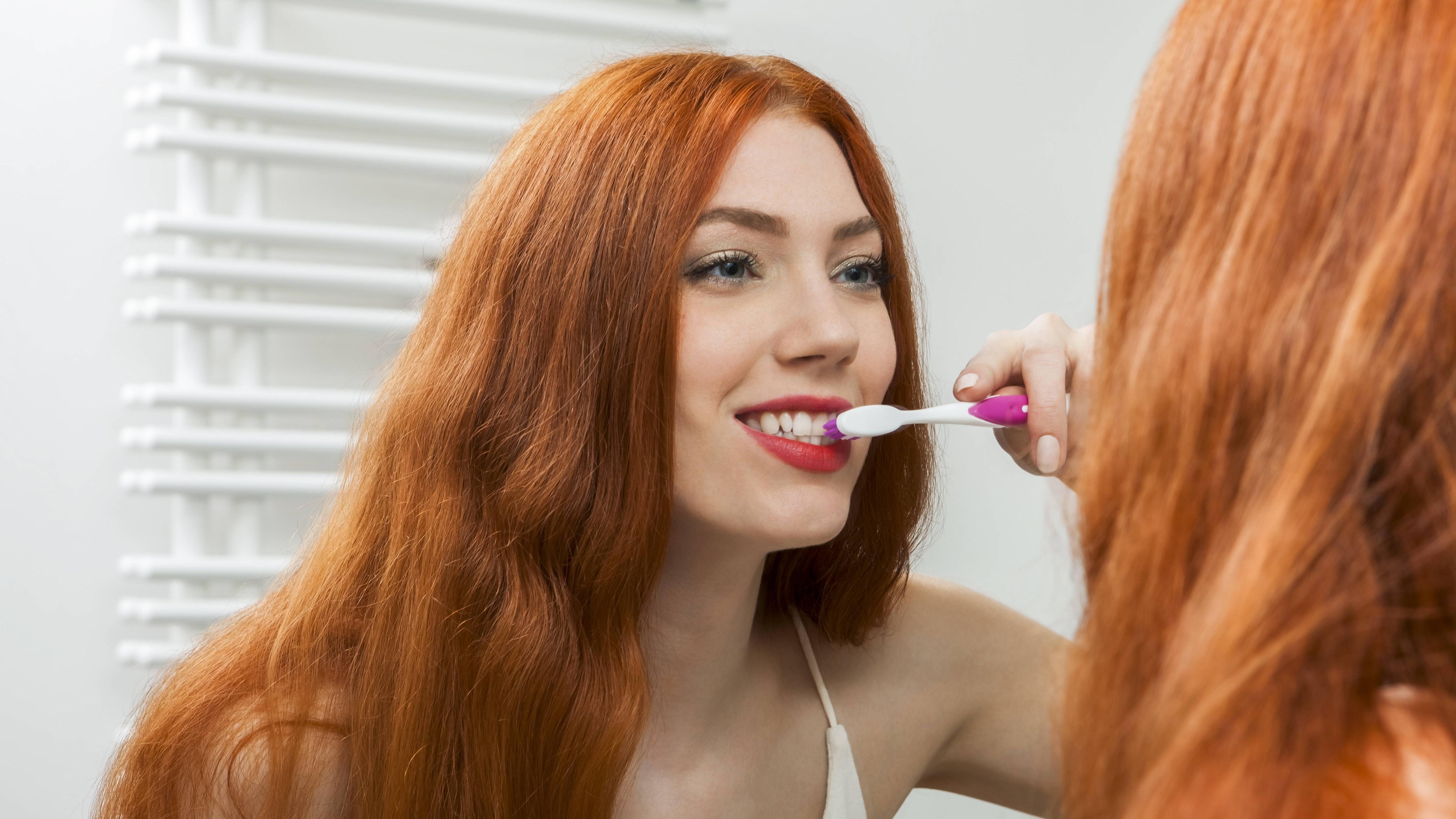 Direkt nach dem Zähneputzen essen? Tipps und Hinweise