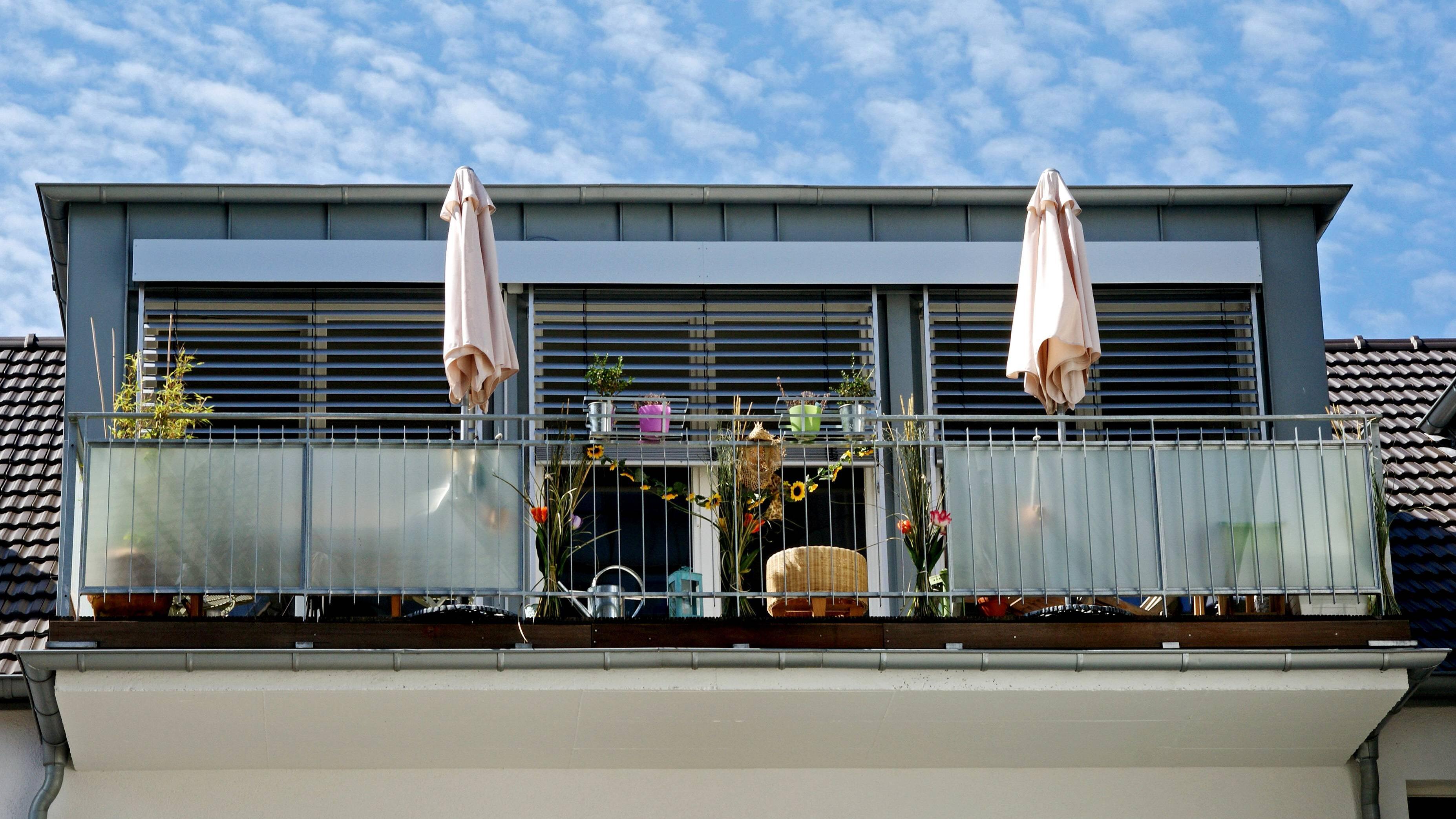 Dachgeschosswohnung kühlen - die besten Tipps und Hausmittel