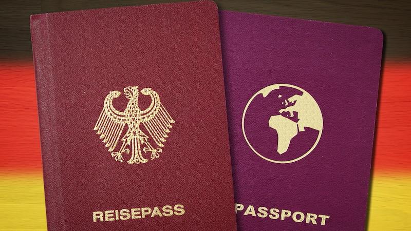 Menschen mit deutschem und ausländischem Pass, also doppelter Staatsangehörigkeit dürfen in Deutschland wählen.