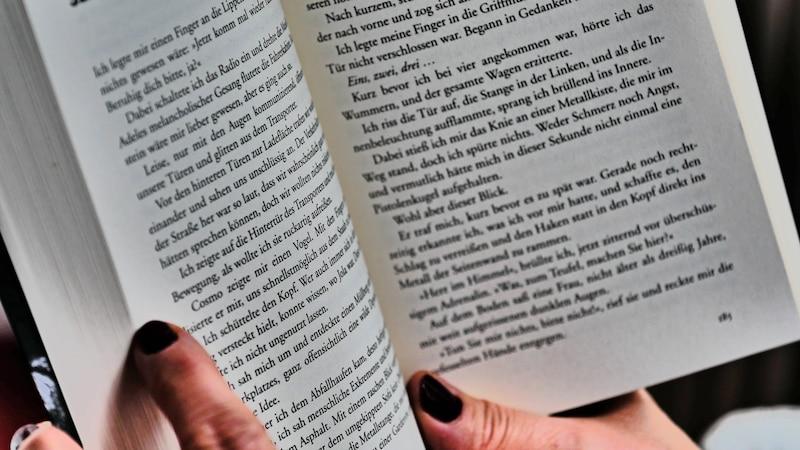 Ist Lesen gesund? Es hilft auf jeden Fall der Konzentration, dem Schreiben und vielen weiteren Bereichen.