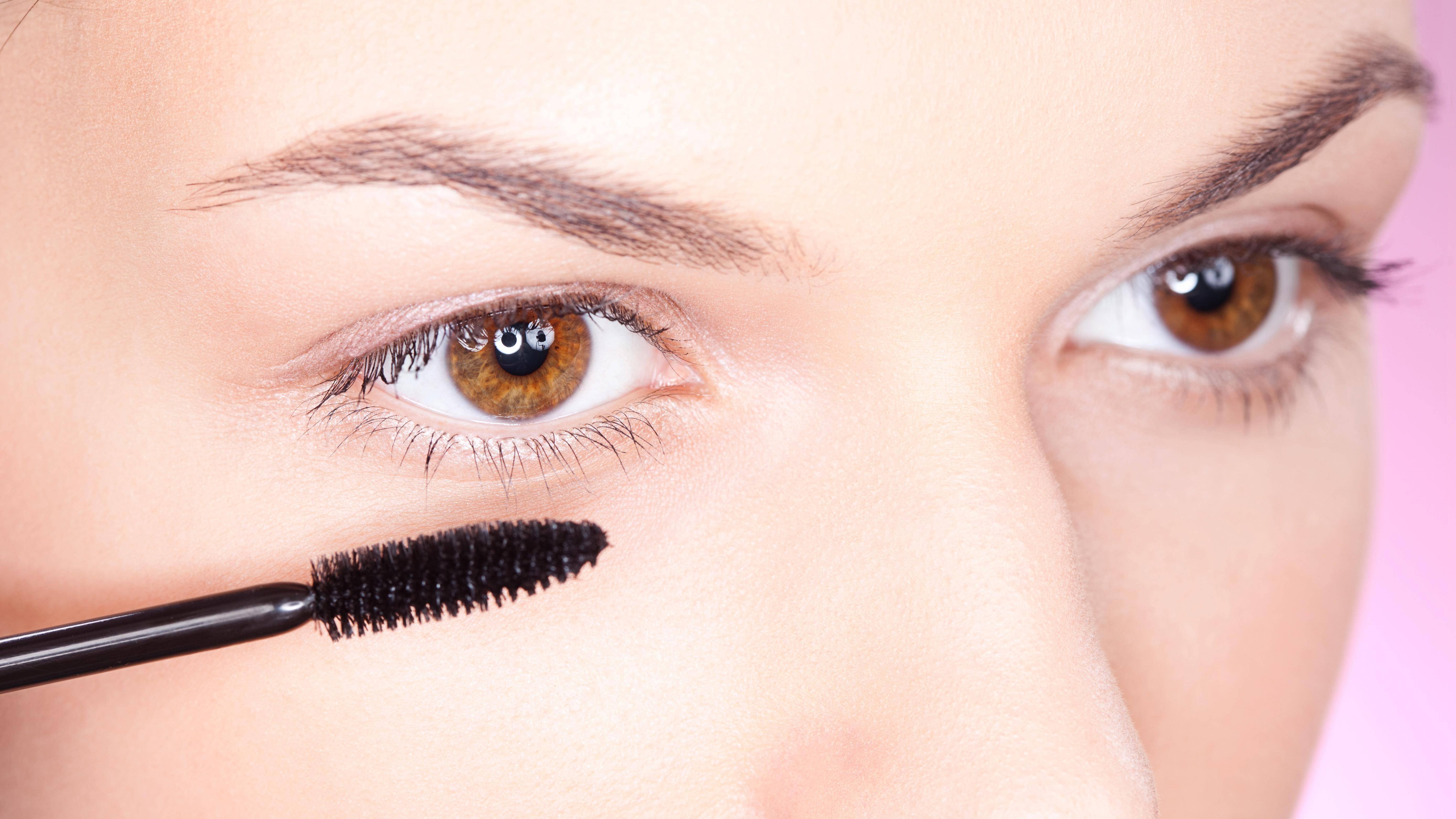 Die richtige Pflege für Ihre Wimpern: Tipps & Tricks