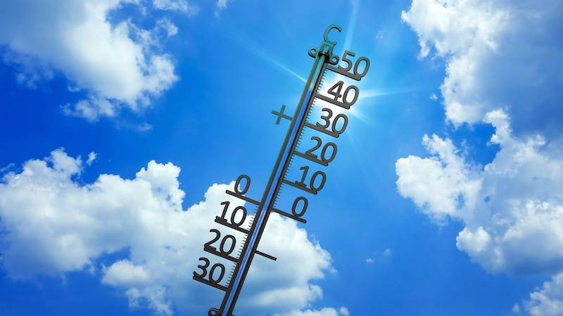 Zimmer kühlen ohne Klimaanlage: Diese Möglichkeiten gibt es