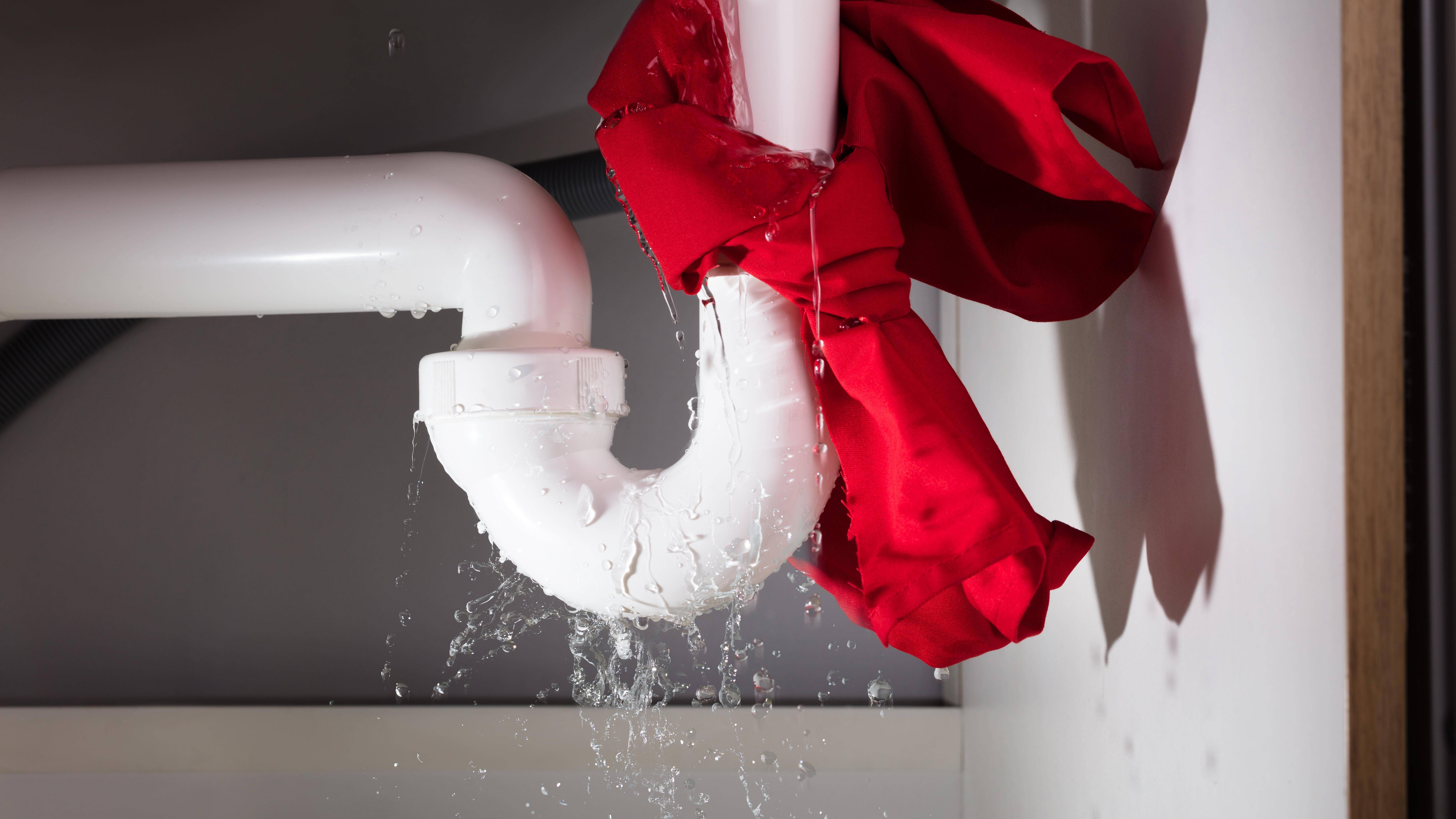 Wasserrohrbruch - was tun? So handeln Sie richtig