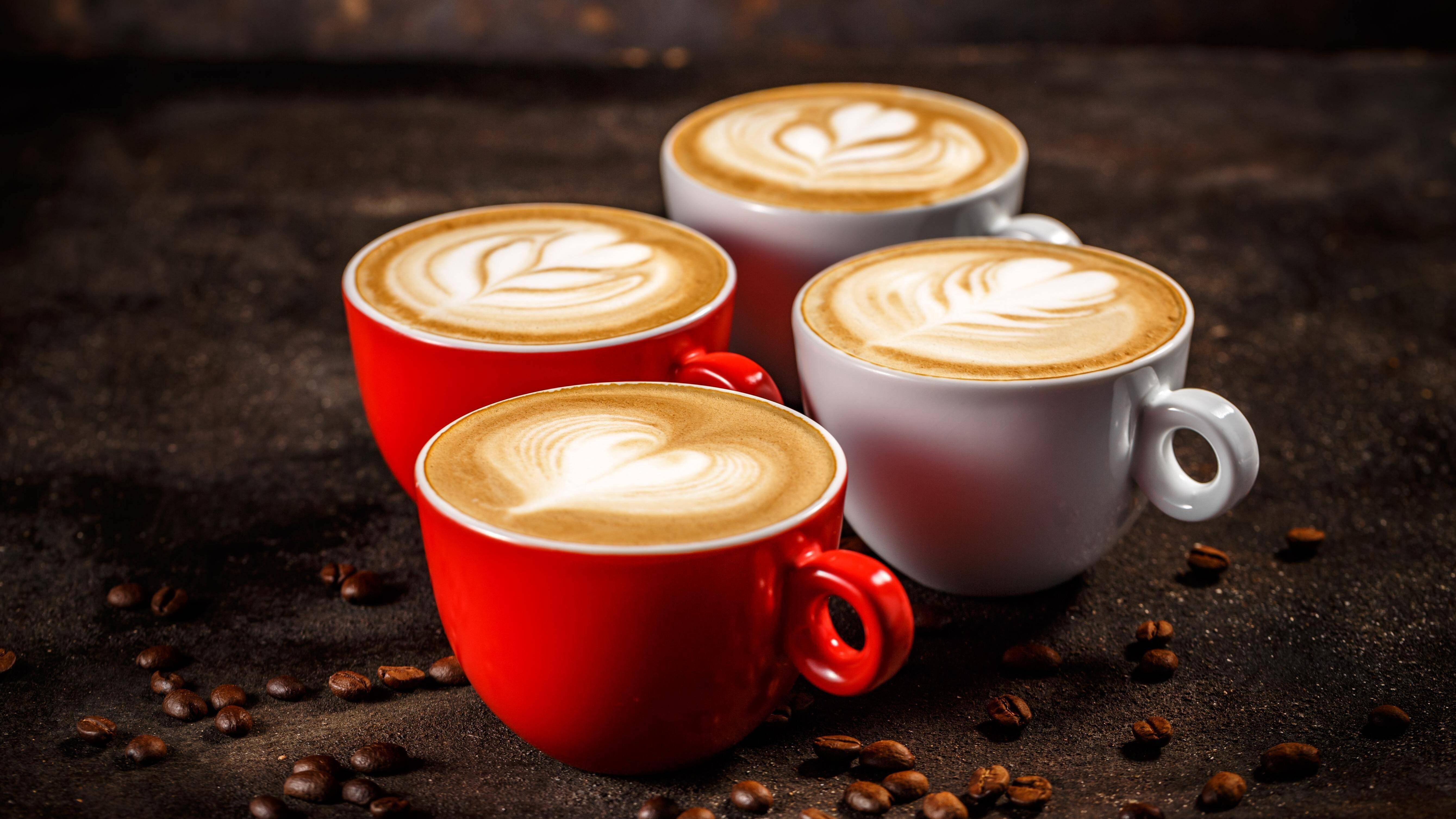 Ob Kaffee dick macht oder nicht, hängt von Ihren persönlichen Trink- und Essgewohnheiten ab.