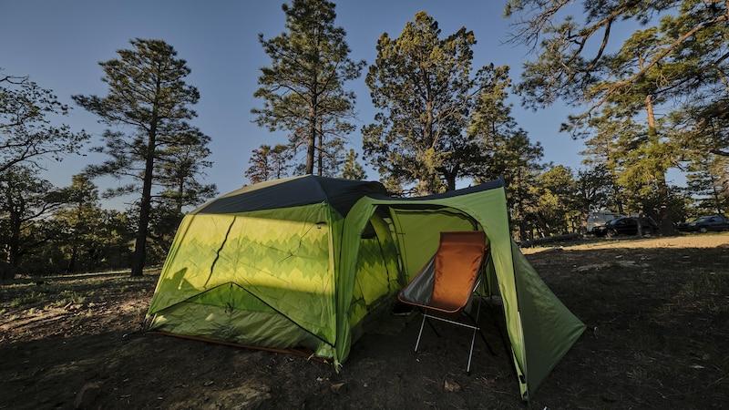 Zelt aufbauen: Eine Schritt-für-Schritt-Anleitung