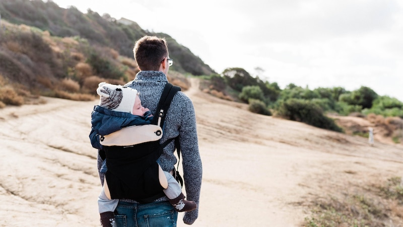 Wandern mit dem Baby ist schon von Anfang an möglich