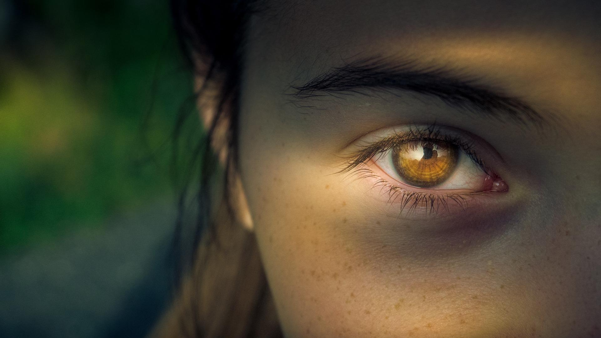 Gelbe Flecken sehen - Folge eines Blickes in helles Licht